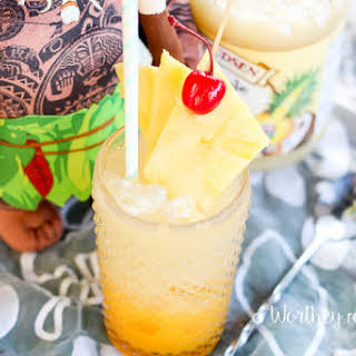 Moana Rum & Pineapple Punch Cocktail.