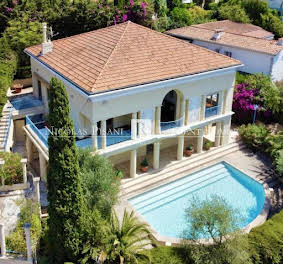 Villa 8 pièces 306 m2