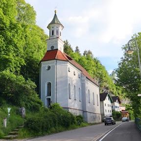 フュッセンでプチハイキング 町やノイシュヴァンシュタイン城が見渡せるカルヴァリエンベルク