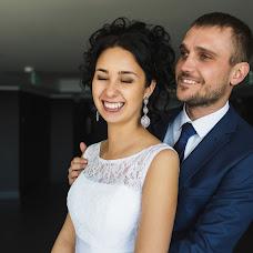 Wedding photographer Elizaveta Drobyshevskaya (DvaLisa). Photo of 16.12.2015