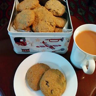Oatmeal & Craisin cookies