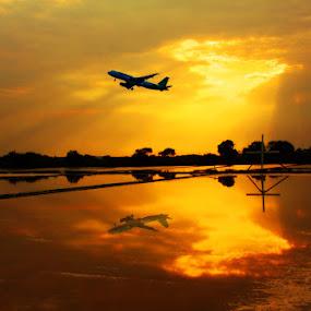 by Maynard Caryabudi - Transportation Airplanes