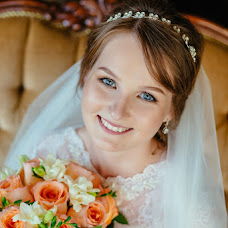 Wedding photographer Kseniya Popova (Ksenyia). Photo of 27.10.2016