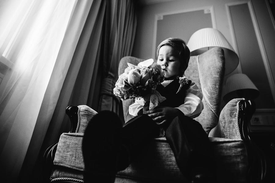 Wedding photographer Yuriy Gusev (yurigusev). Photo of 24.10.2015