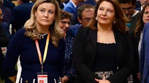 Cristina de Toro y Carmen Crespo.