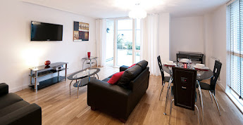 Golden Mile House serviced apartments, Kew Bridge