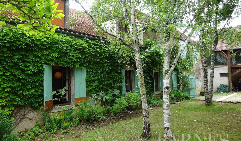Farm house Montbard
