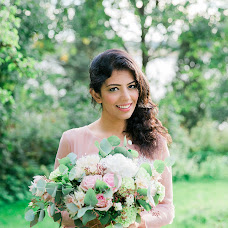Wedding photographer Helga Golubew (Tydruk). Photo of 23.06.2017