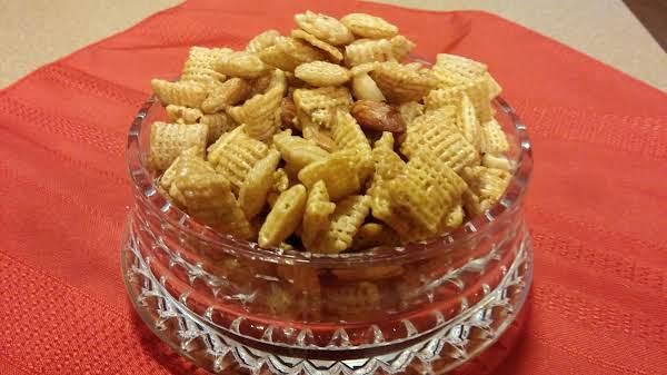 Caramel Crispix In Microwave