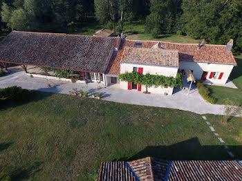 propriété à Secondigné-sur-Belle (79)