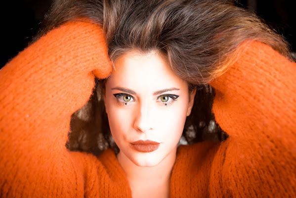 Orange portrait. di marina_mangini