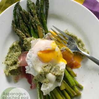 Asparagus with Poached Egg, Prosciutto and Pesto Recipe