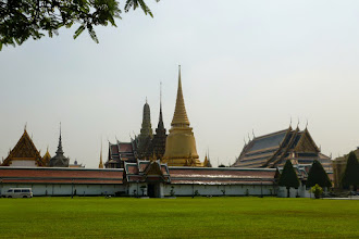 Photo: We started with a city tour of Bangkok which included a visit to the Grand Palace.