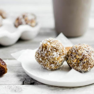 Raw Ginger-Date Energy Balls Recipe