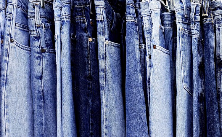 The global jeans retail market is on track to hit US$60.09 billion by the year 2023 says a new report.