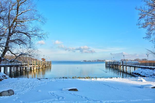 Lago innevato di akidelpre