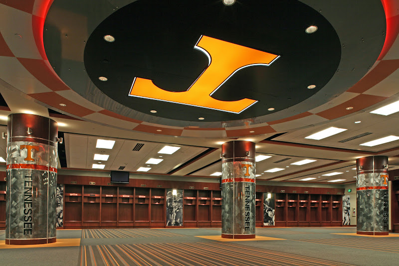 Top 10 College Locker Rooms – Locker Room Talk – Top College Coaches ...