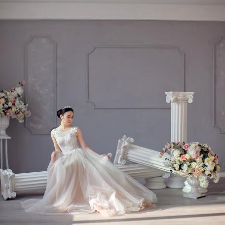 Wedding photographer Gaukhar Zukenova (gohasz). Photo of 07.02.2018