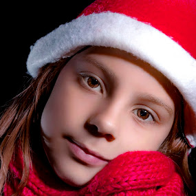 Girl in red by Mario Toth - Babies & Children Child Portraits ( child, girl, red, happy, christmas,  )