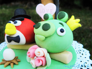 Photo: Angry Birds Inspired Cake Topper