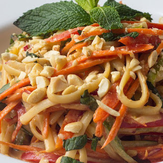 Easy Peanut Noodles [Vegan]