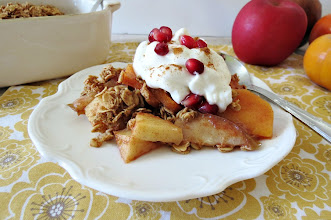 Photo: Fall Crisp - A medley of apples, pears, persimmons and pomegranate arils mixed together with sweet maple syrup and topped with a crumbly oat mixture.  http://www.peanutbutterandpeppers.com/2012/11/22/happy-thanksgiving/  #apple   #crisp   #fallrecipes   #pears   #pomegranate   #persimmons