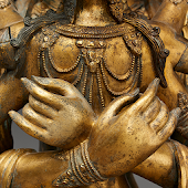 Divine Bodies in Asian Art