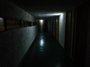 La Tourette - w ciemności