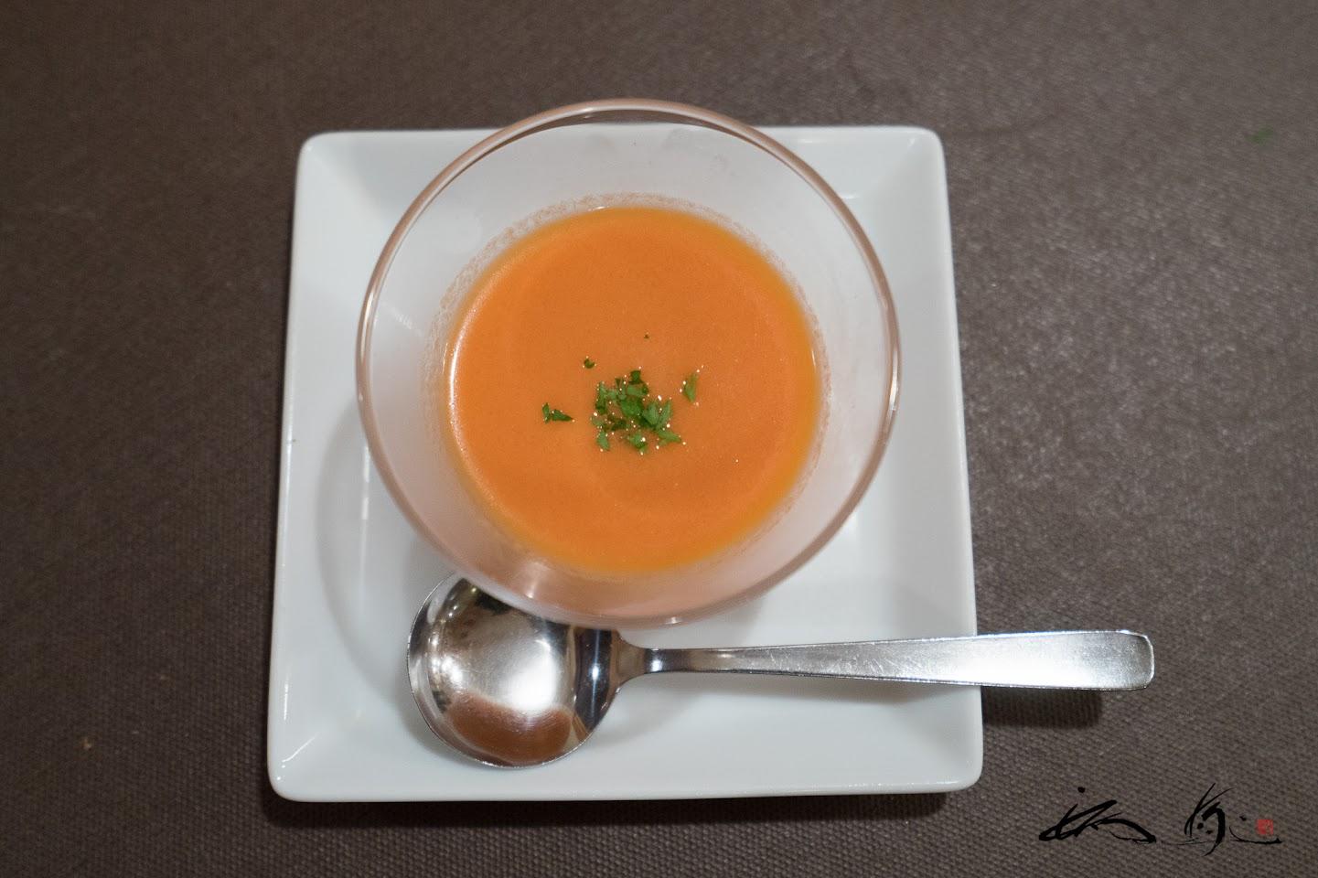 富良野産野菜のガスパチョスープ