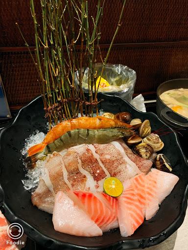 海鮮粉有新鮮味🦞 不錯👍