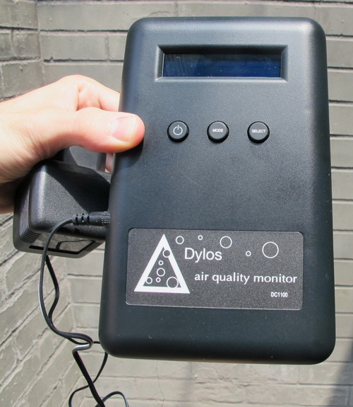 laser particle counter that tests if purifiers remove PM2.5