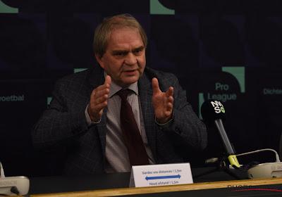 Le CEO de la Pro League, Pierre François, ne semble pas prêt à laisser son siège