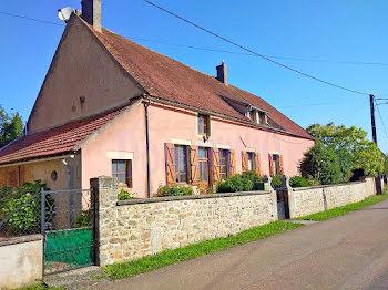maison à Saint-Léger-Vauban (89)