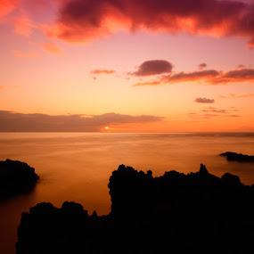 Atlantic Ocean Sunrise by Frederik Schulz - Landscapes Waterscapes ( la palma, sunrise )