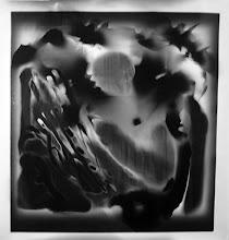Photo: © Olivier Perrot Photogramme 1999 Portrait 1000x1000mm Papier baryte Ref : Portrait-02