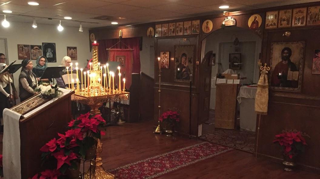 РПЦЗ: На Рождество Епископ Иосиф наградил иерея Андрея правом ношения камилавки (ФОТО)
