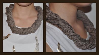 Photo: Loop Kette ''gedreht'', dreht man sie wieder auf ist sie wieder schön lang :-)