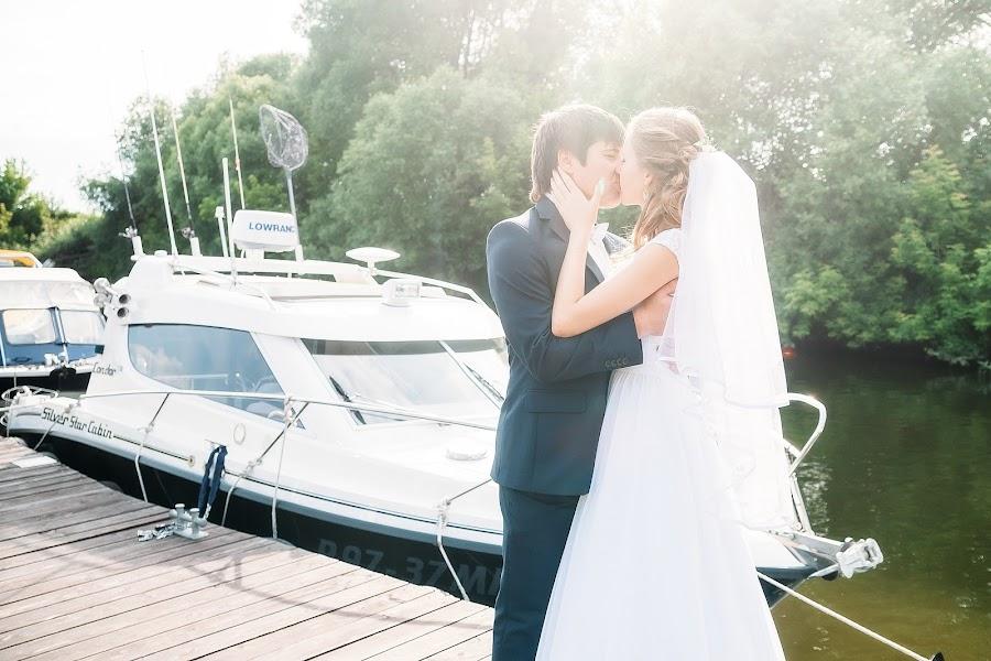 Wedding photographer Anastasiya Novikova (Akao). Photo of 21.01.2015