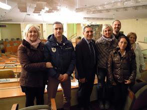 Photo: 05/12/2014 - Visita di un gruppo di cittadini, che posano con il consigliere regionale Alfredo Monaco (al centro).