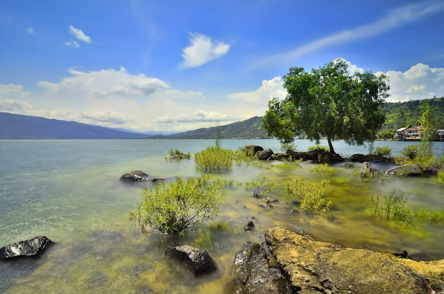 The Beauty of Lake Singkarak by Irwansyah St - Landscapes Mountains & Hills ( water, hills, mountains, padang, indonesia, solok )