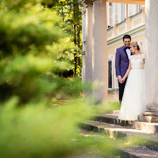 Wedding photographer Madalina si Ciprian Ispas (fotoycafe). Photo of 02.10.2017