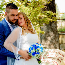 Wedding photographer Manos Mpinios (ManosMpinios). Photo of 26.08.2017