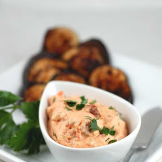 Gluten Free Roasted Red Pepper and Sun-Dried Tomato Dip.