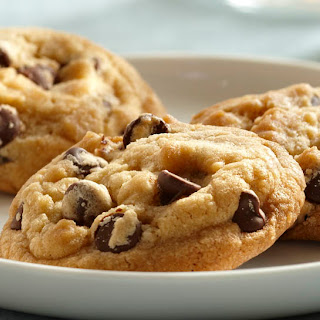 Vanilla Rich Chocolate Chip Cookies