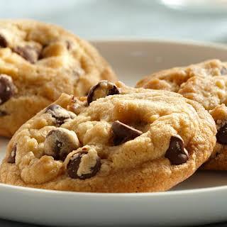 Vanilla Rich Chocolate Chip Cookies.