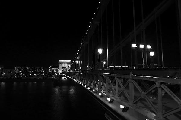 Over darkness di la_benandante
