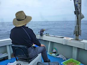 Photo: アダチさんは、余裕です。午前中バリバリ釣りあげてます!
