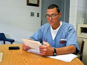 Photo: Frank Gable at the Okaloosa Correctional Institution, Florida.  Murder victim is Michael Francke