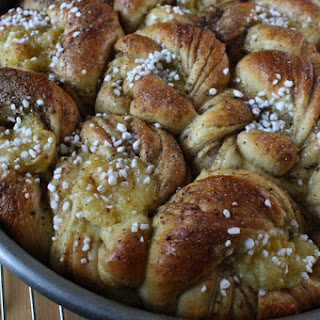 SWEDISH CARDAMOM CUSTARD BUNS