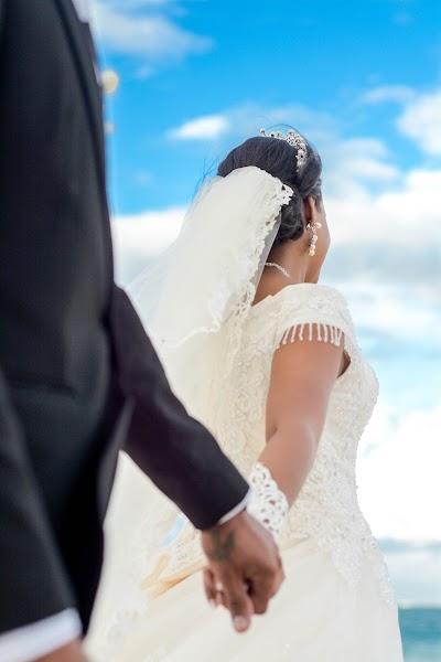 ช่างภาพงานแต่งงาน Estephanie Clarisse (Estephanie) ภาพเมื่อ 28.01.2019